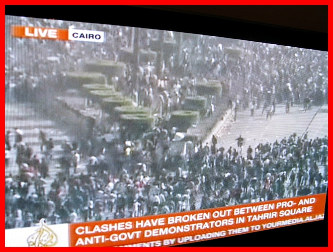 clashes in Cairo Tahrir Square 2.2.2011