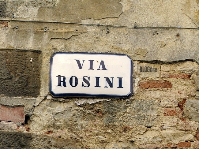 street sign in Lucignano, Italy by BLOGitse