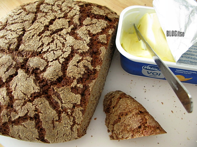 rye bread and butter by BLOGitse