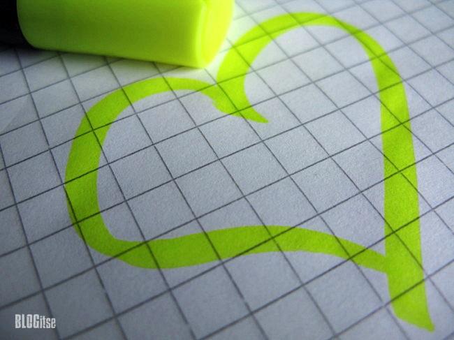 yellow heart by BLOGitse