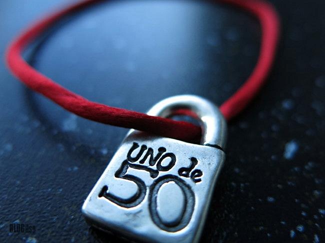 uno de cincuenta by BLOGitse