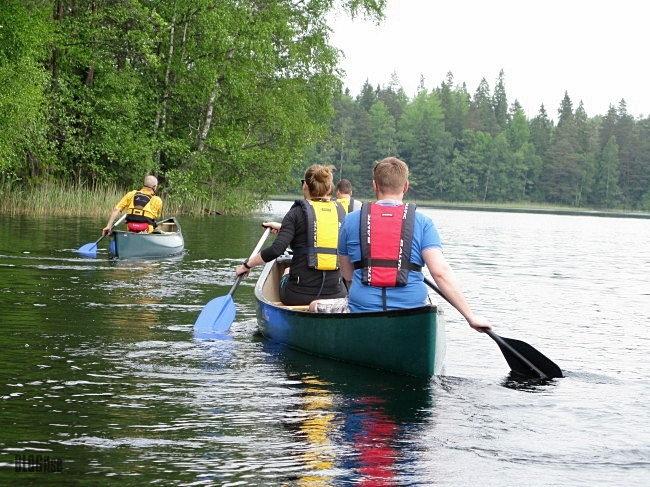 canoeing in Nuuksio National Park Finland by BLOGitse
