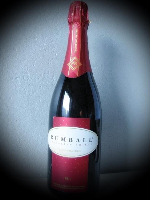 Rumball Sparkling Shiraz by BLOGitse